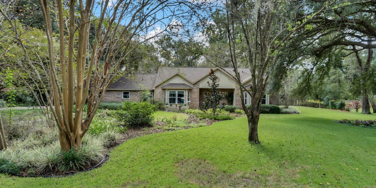 1762 Crown Point Woods Circle, Ocoee, FL 34761