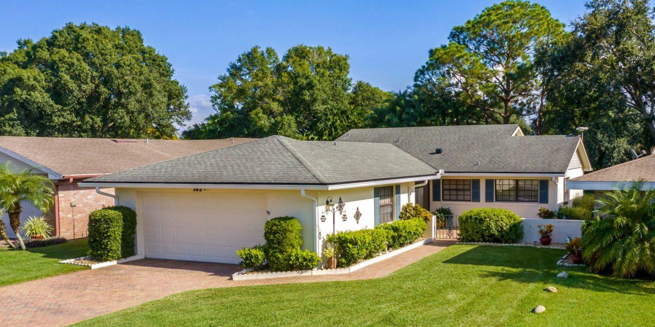 382 Troon Court, Winter Haven, FL 33884