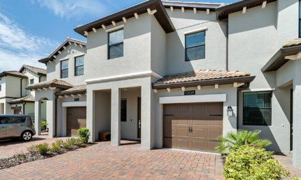 1304 Royal Saint George Boulevard, Davenport, FL 33896