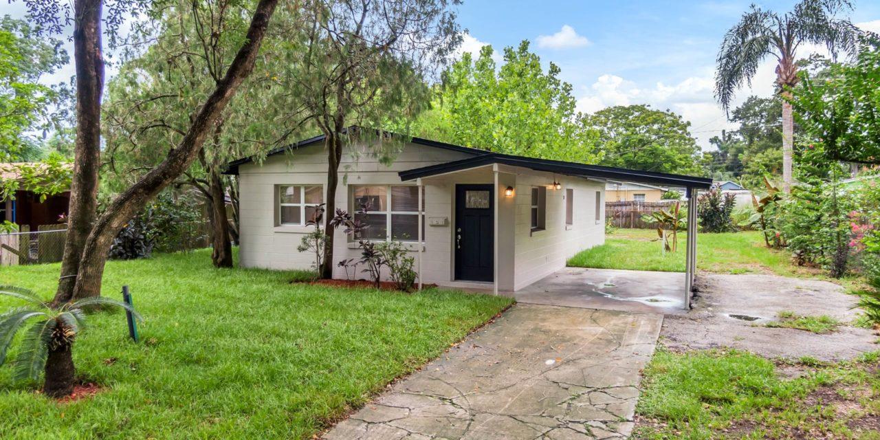 210 South Apollo Drive, Apopka, FL 32703