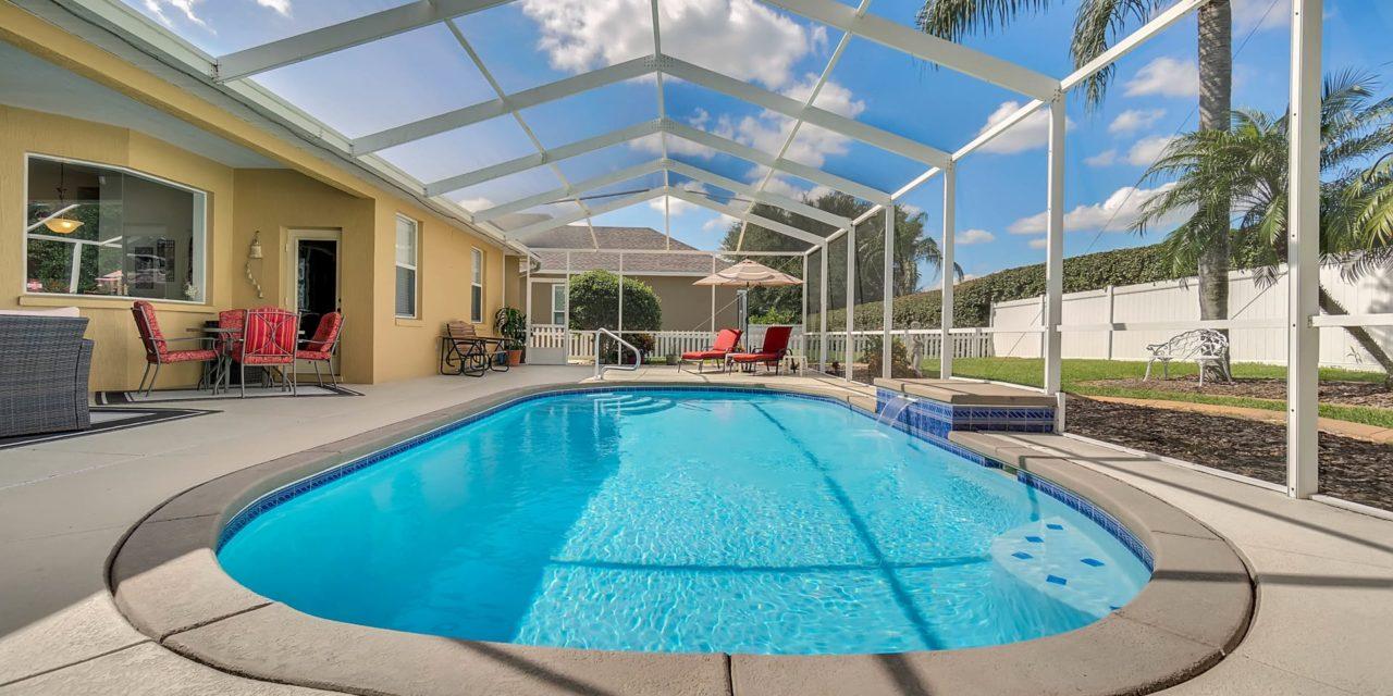 310 Ruby Lake Lane, Winter Haven, FL 33884