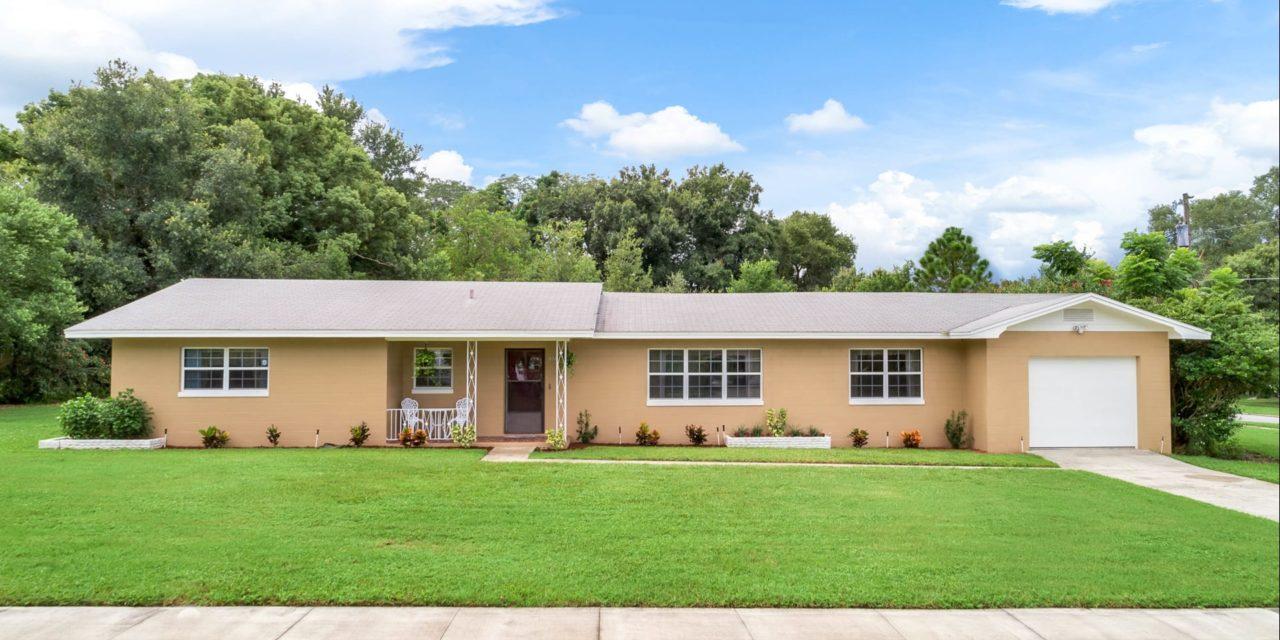 535 Arneson Avenue, Auburndale, FL 33823
